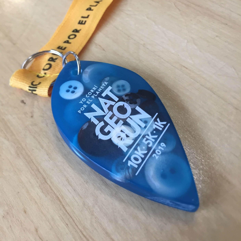 Medallas con botones de descarte reutilizados