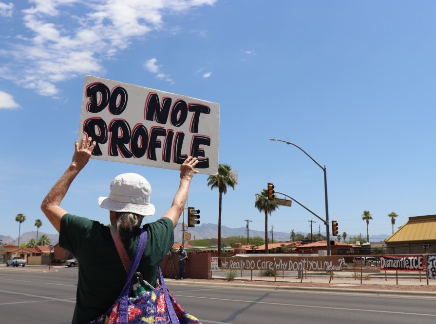 Protestor outside a Southwest Key shelter where 250-300 undocumented children are being held on N. Oracle Road on Thursday, June 28, 2018 in Tucson, Ariz. Photo by Jasmine Demers | The Daily Wildcat.