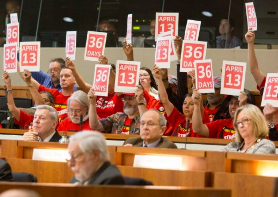 Protesters during the fact-finding hearings on Nov. 23, 2015 | The Cougar Chronicle