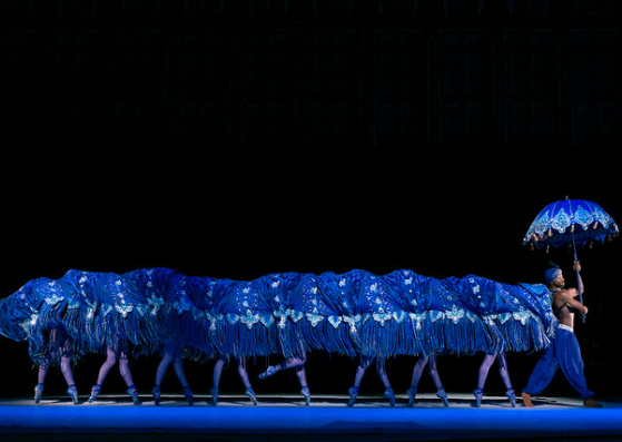Eric Underwood as the Caterpillar in Alice's Adventures in Wonderland, Photo by Johan Persson, Courtesy of The Royal Ballet © ROH : Johan Persson 2013.png
