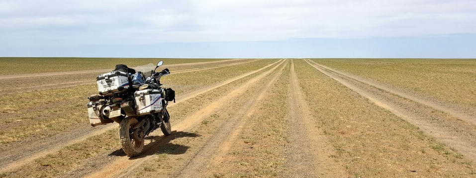 The Gobi Freeway, ©Onherbike.com