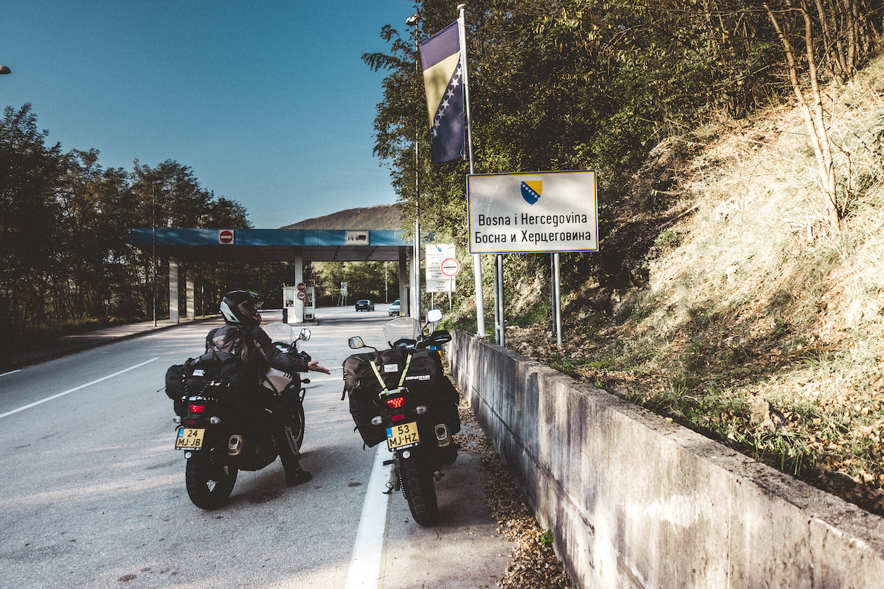 Just before we cross into Bosnia Herzegovina we stop to take a picture, a new country in the books for Nora.