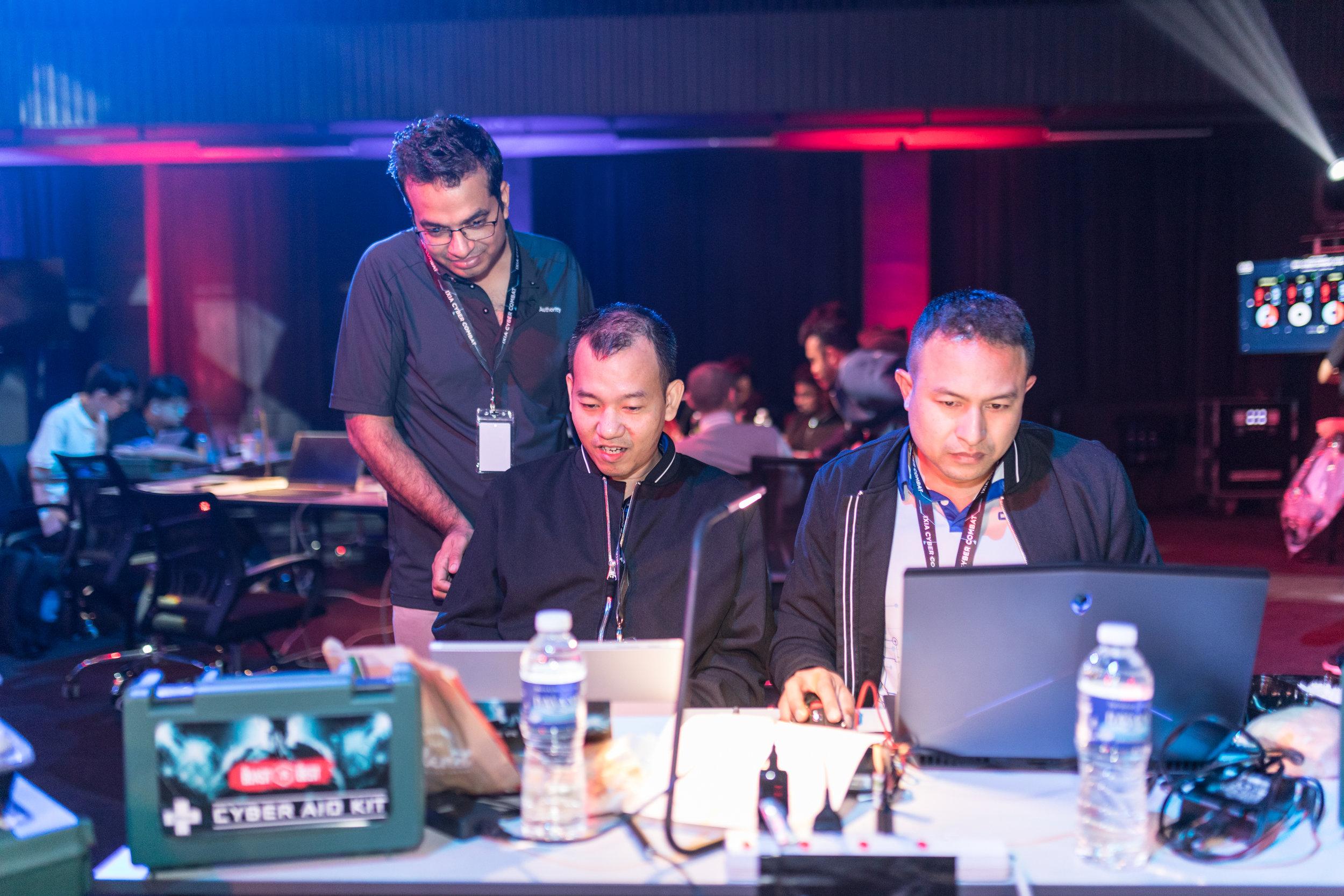 IXIA Cyber Combat-253.jpg