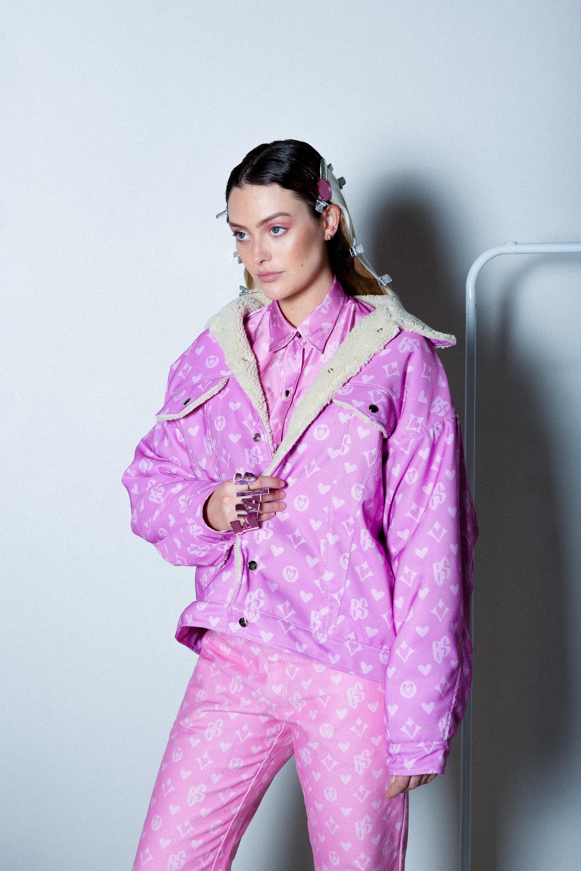Photography credit to Dave Canham  (@daveflix) . Model featured: Madi Springer  (@madispringer) .