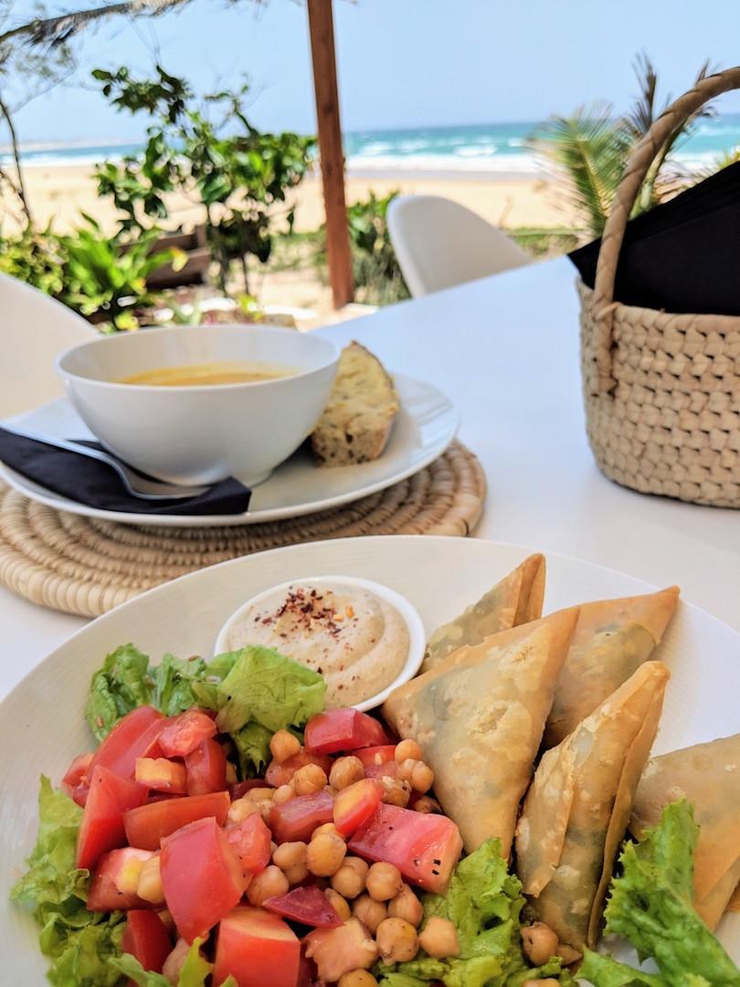 Vegetarian restaurant Happi in Tofo