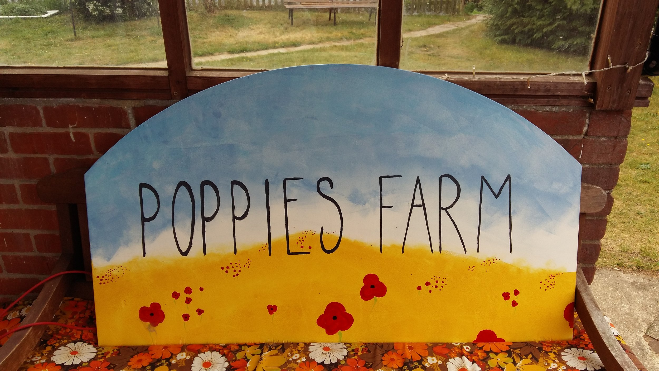 Poppies Farm Sign