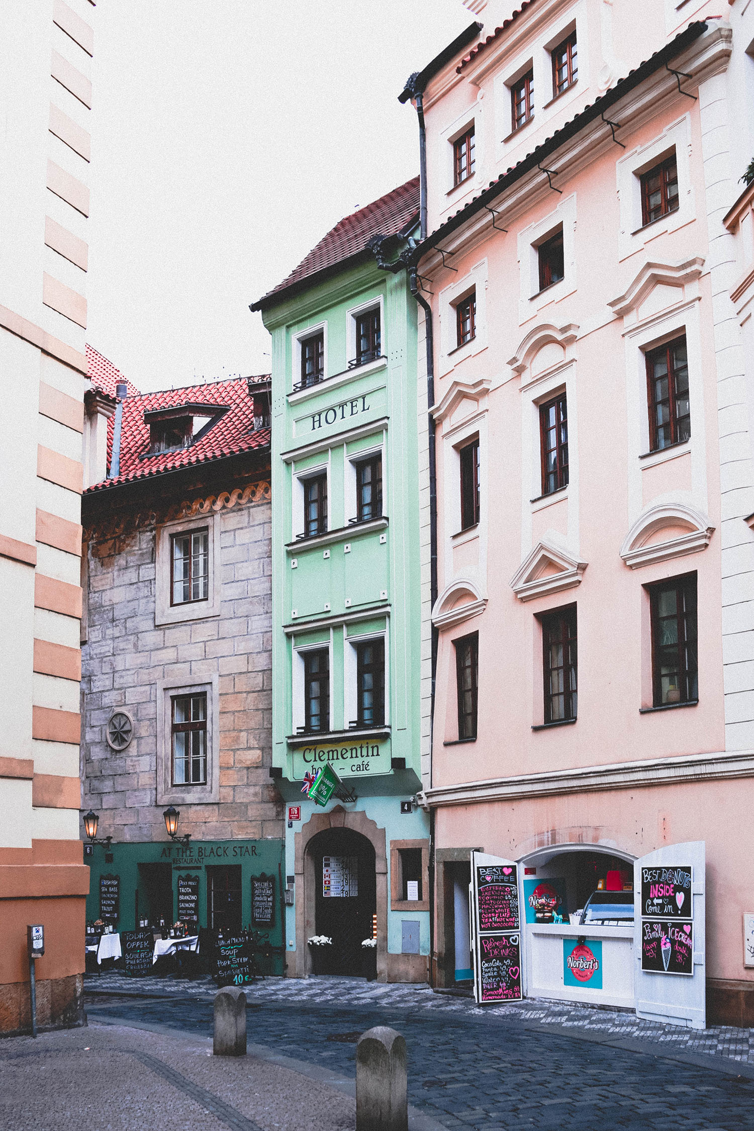 Prague |  @dulgier93