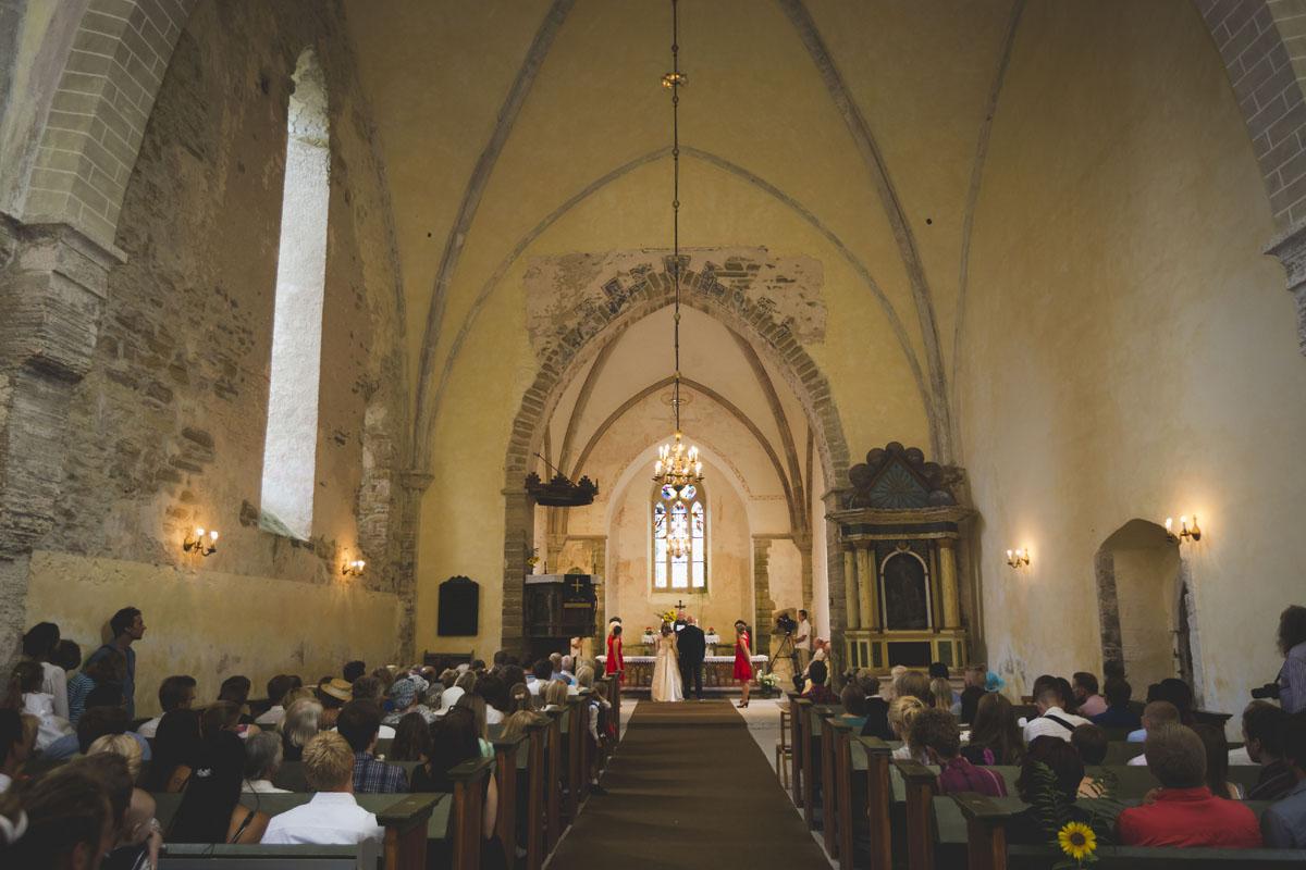 wedding-photos-038-diy-wedding.jpg