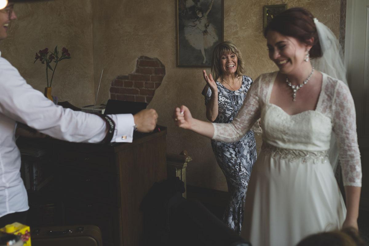 best-wedding-photos-039-real-wedding.jpg