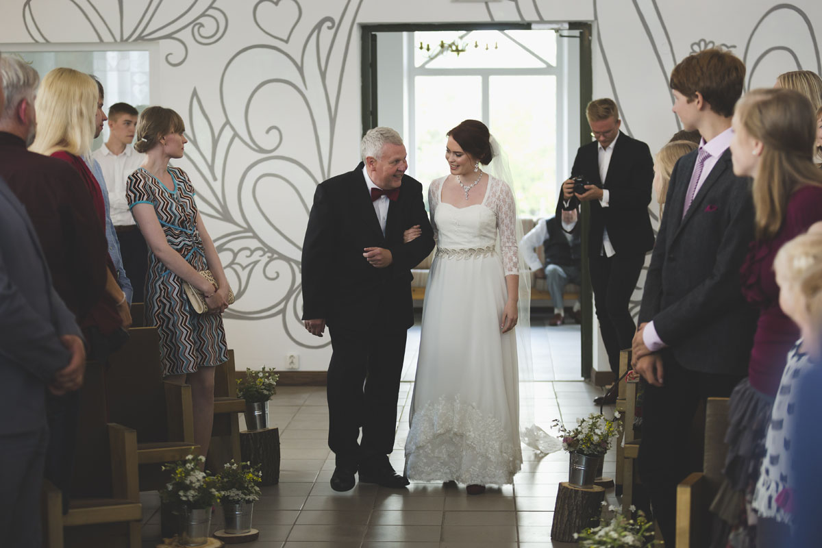 best-wedding-photos-051-fun-wedding.jpg