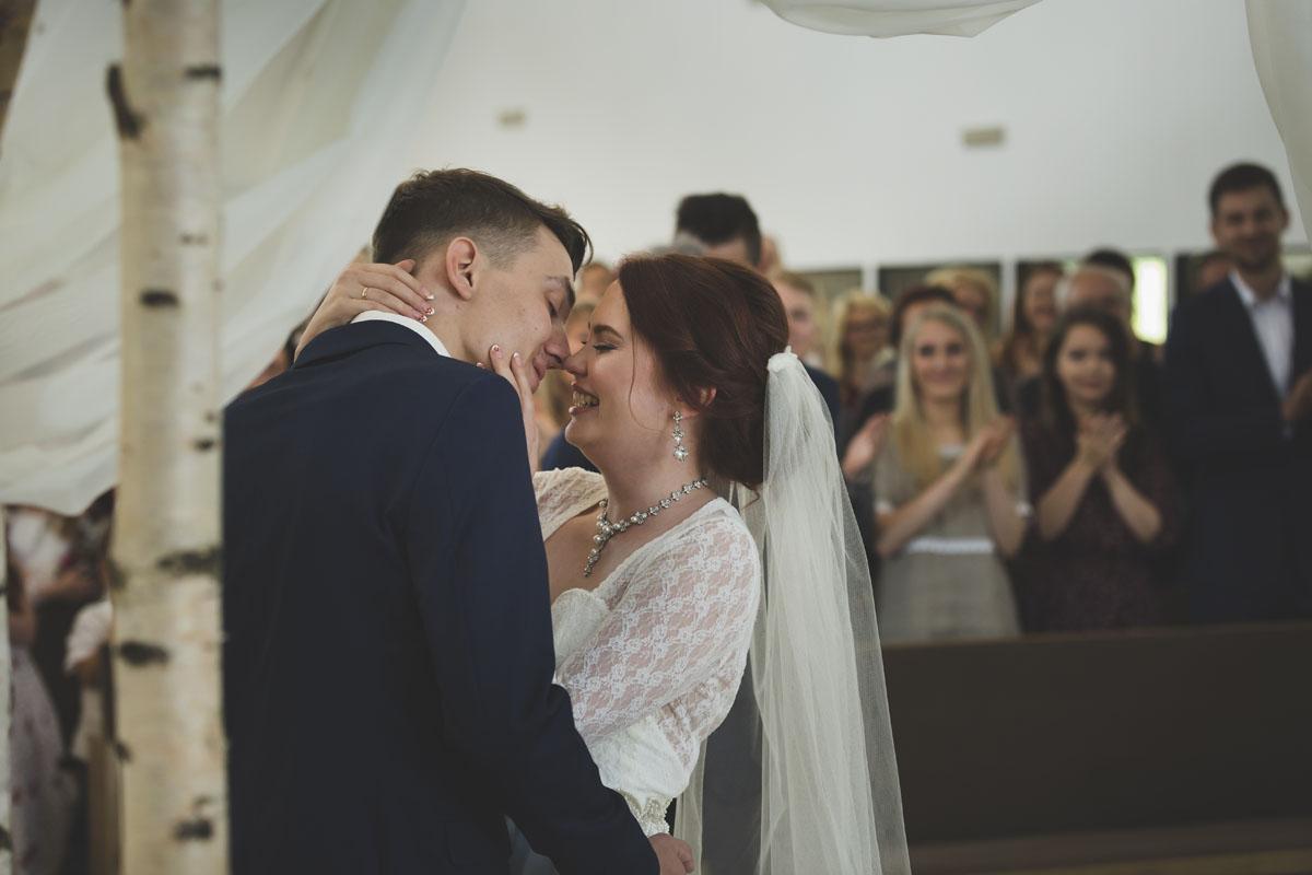 best-wedding-photos-078-hippie-wedding.jpg