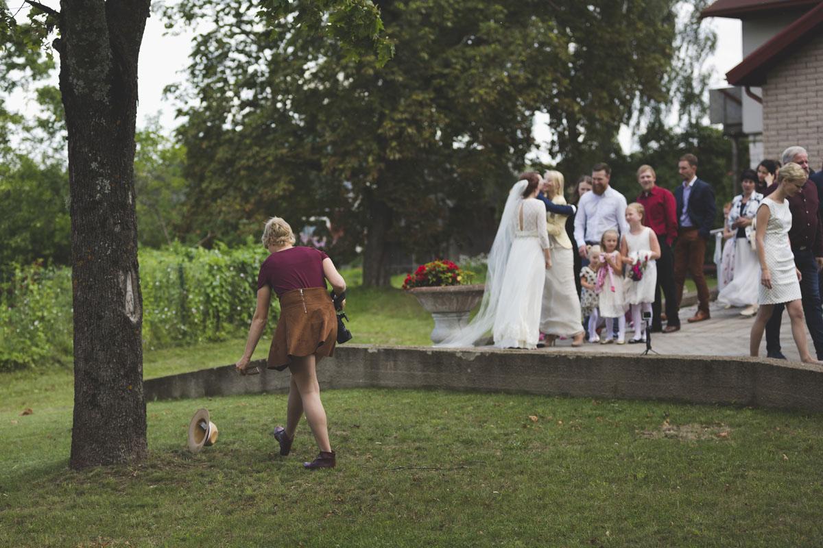 best-wedding-photos-082-hippie-wedding.jpg