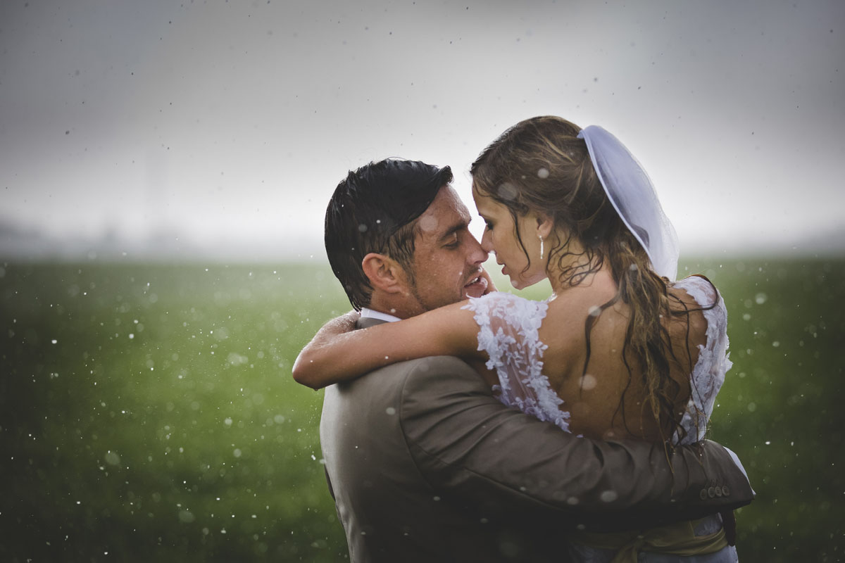 Rainy Wedding Photo - Rosenvald Photography