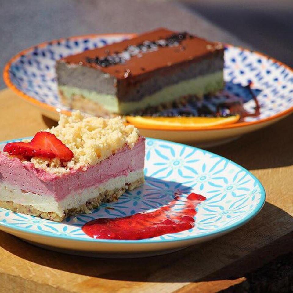 Raw Vegan Strawberry Shortbread CheeseLess Cheesecake  Raw Vegan Japanese Matcha Unami & Chocolate CheeseLess Cheesecake