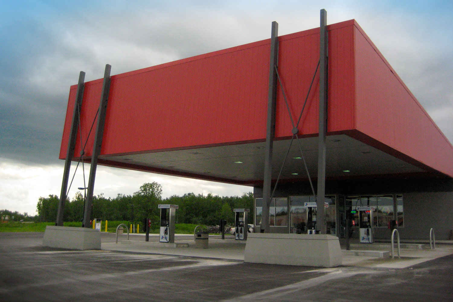 wavers-gas-station-commercial-retail-cohlmeyer-architecture.JPG
