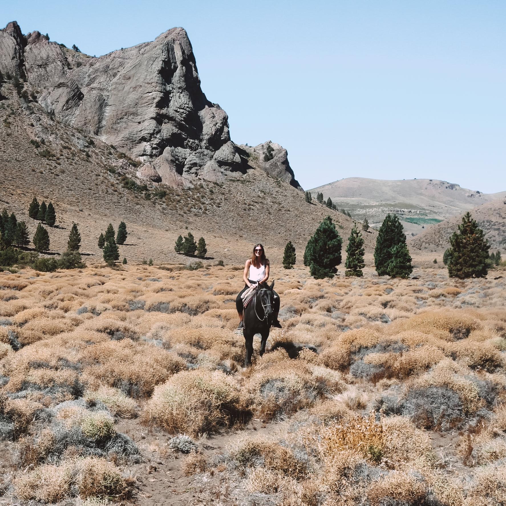 Que Mathilde apprenne à monter à cheval -