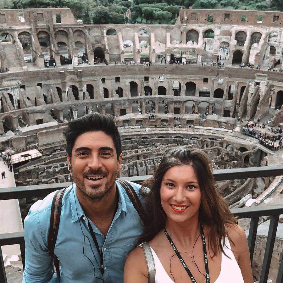 Rentrer dans le Colisée à Rome. -