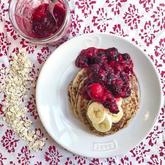 Click on the picture to check out Natasa's Quick and Easy vegan pancake recipe!