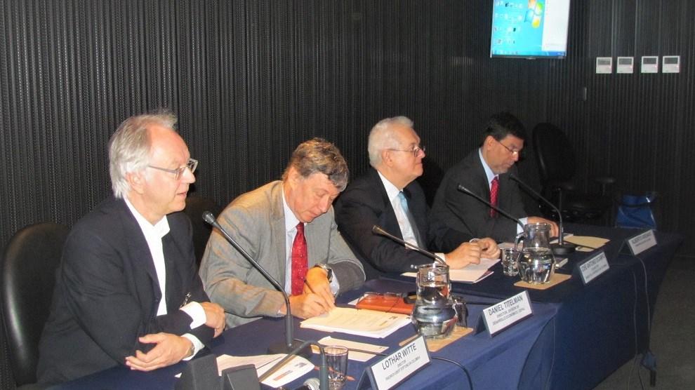 Lothar Witte, Daniel Titelman, José Antonio Ocampo y Alberto Arenas./Fuente externa
