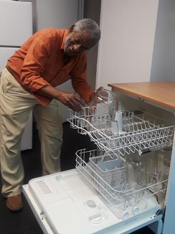 Leslie Gourdet of    LG's Elixirs    (2019 Grant Recipient) installs Energy Star dishwasher to recycle his Elixir bottles.