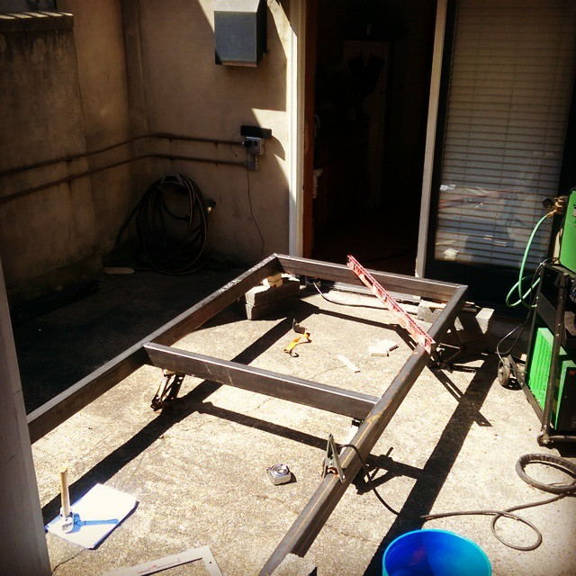 _moparmansion_frame_coming_along.__welding__spring.jpg