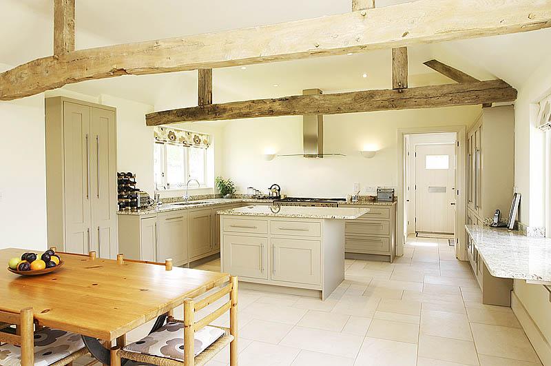 8033987-kitchen1-800-medium.jpg