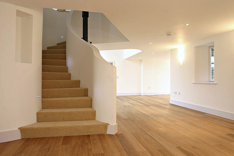 8040738-stairs3-800-medium.jpg