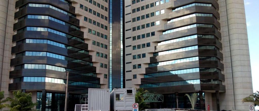 Centro Empresarial VARIG - a revitalização do primeiro edifício inteligente de brasília começou.saiba mais