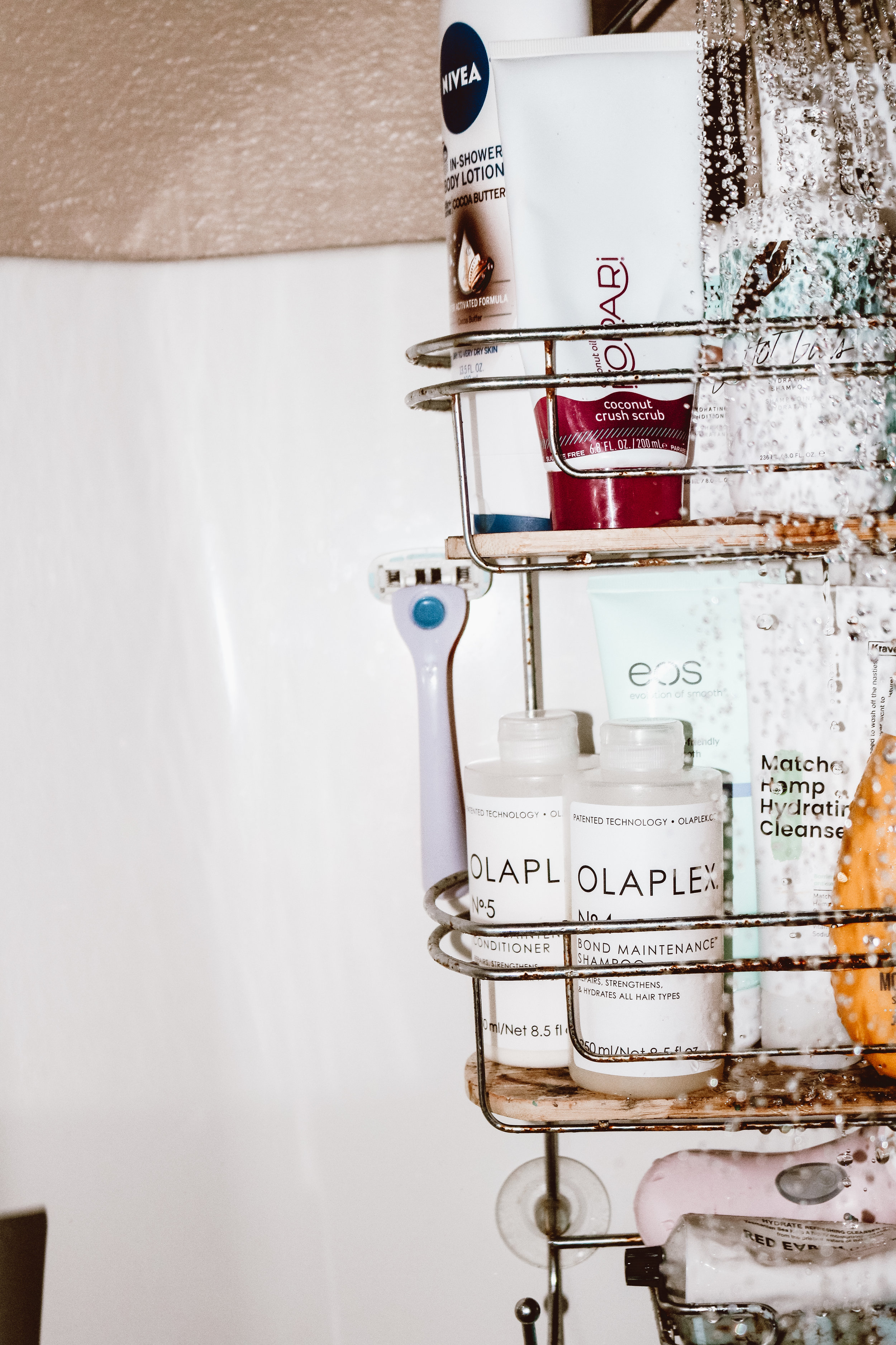 the-best-shower-products-for-summer-10.jpg