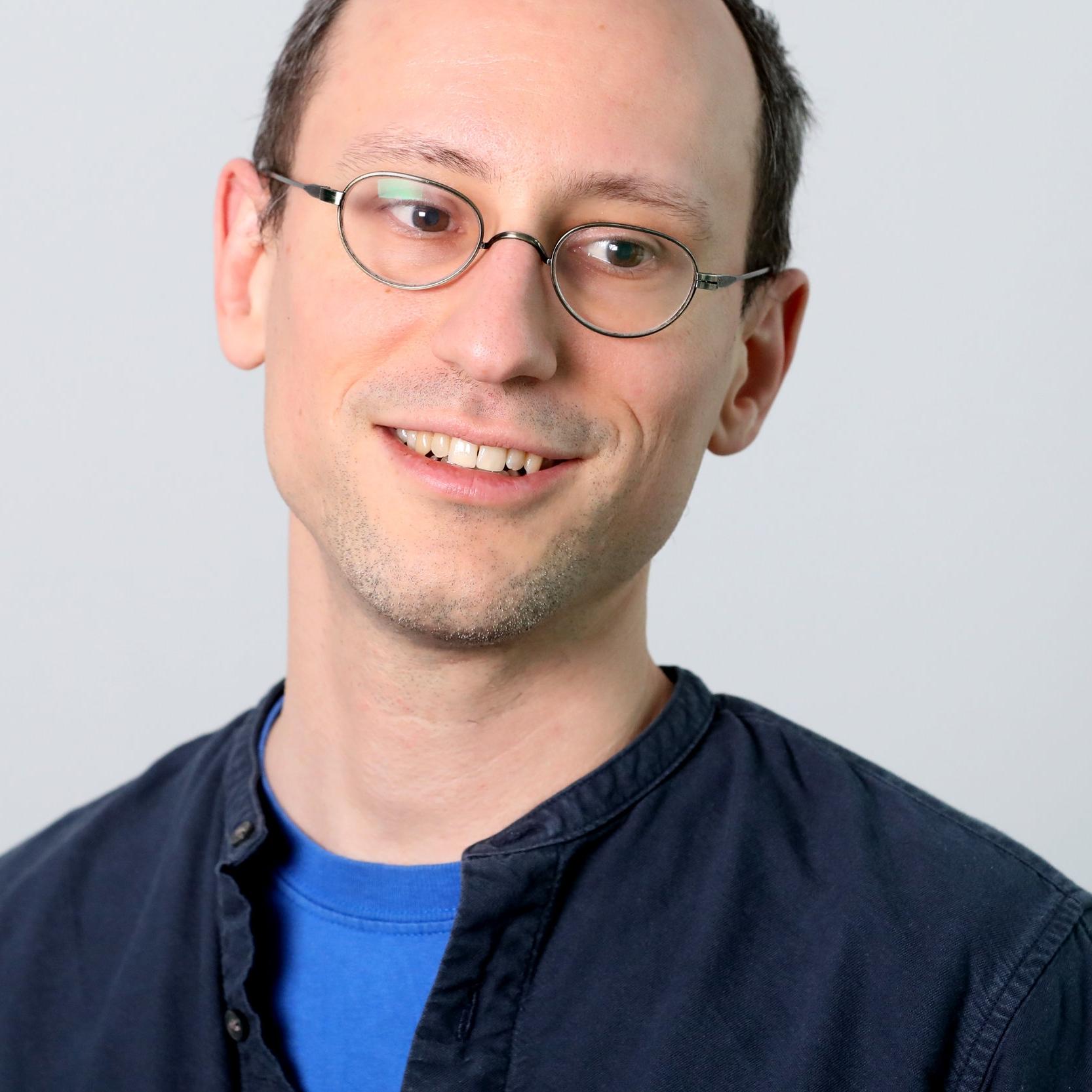 Peter Arvai   CEO & Founder, Prezi