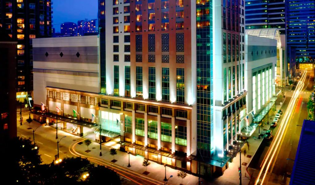 Experience an upscale Pacific Northwest getaway, near the Washington Convention Center and other Seattle landmarks.