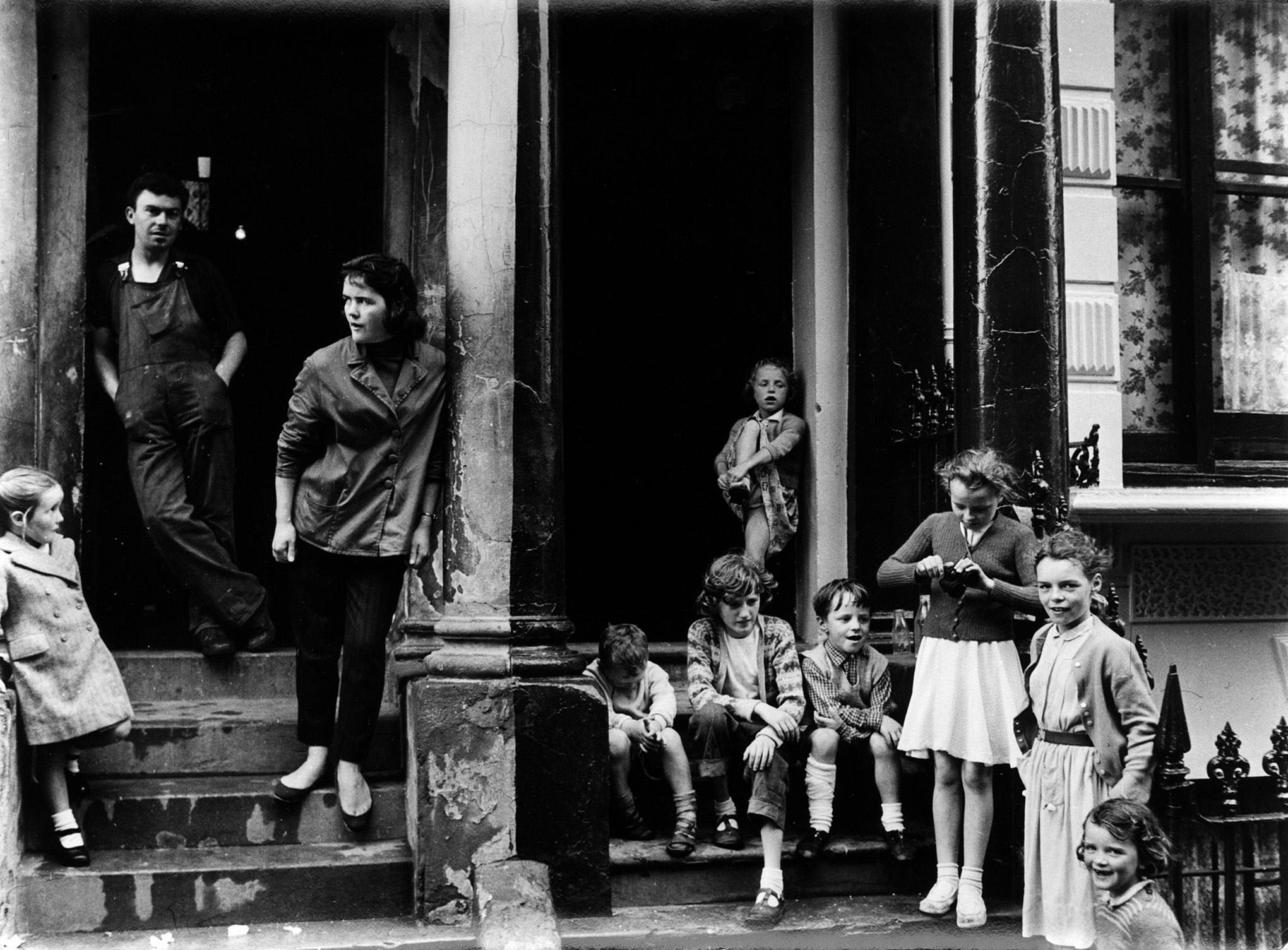 (15) Roger Mayne, Paddington, 1959