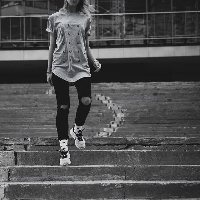 Взорвавшийся логотип на светло-сером меланже. Доступно на нашем сайте (в био профиля) | Exploded logo on light gray melange. Available on the our website (link in bio)  #vvcforce  #streetwear #madeinmoscow