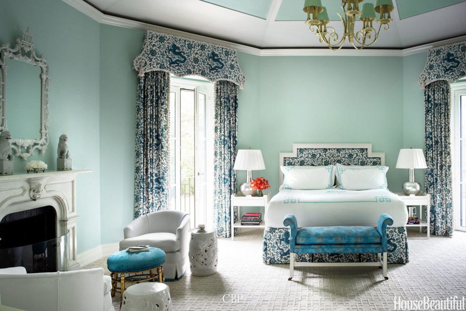 gallery-sized-blue-bedroom.jpg