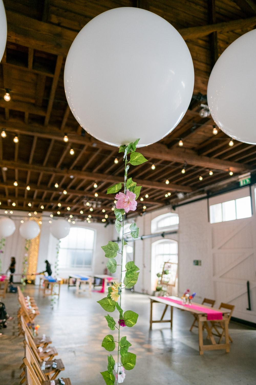 trinity-buoy-wharf-poplar-tower-hamlets-wedding-0007.jpg