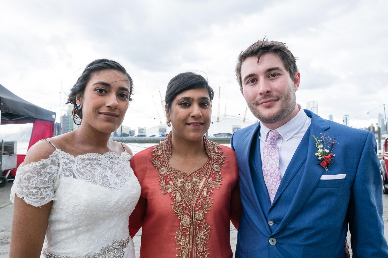 trinity-buoy-wharf-poplar-tower-hamlets-wedding-0204.jpg
