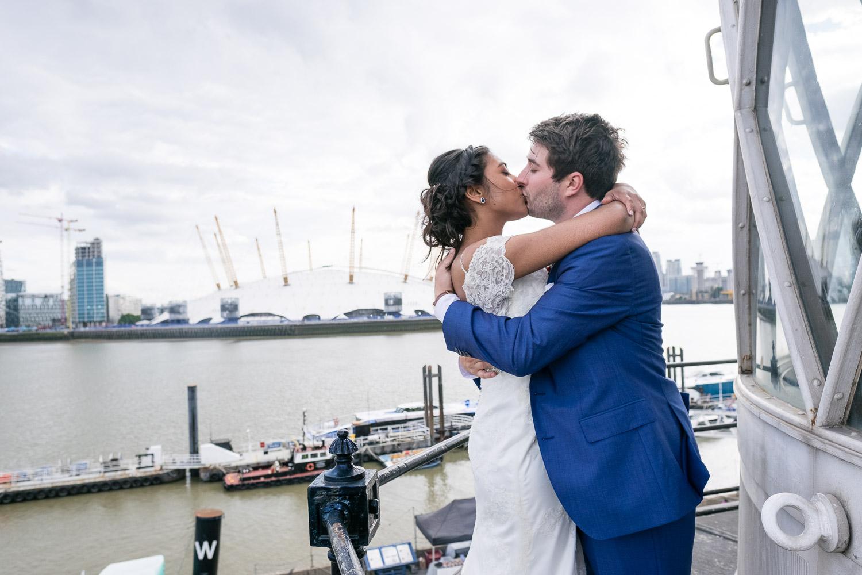 trinity-buoy-wharf-poplar-tower-hamlets-wedding-0253.jpg