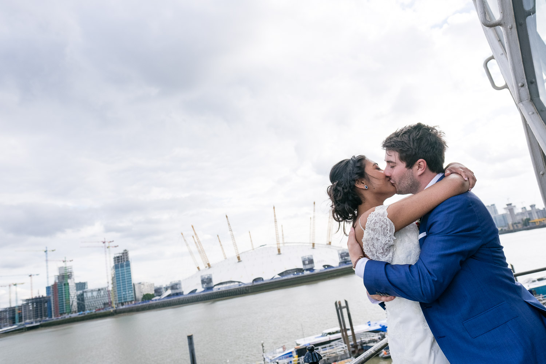 trinity-buoy-wharf-poplar-tower-hamlets-wedding-0254.jpg