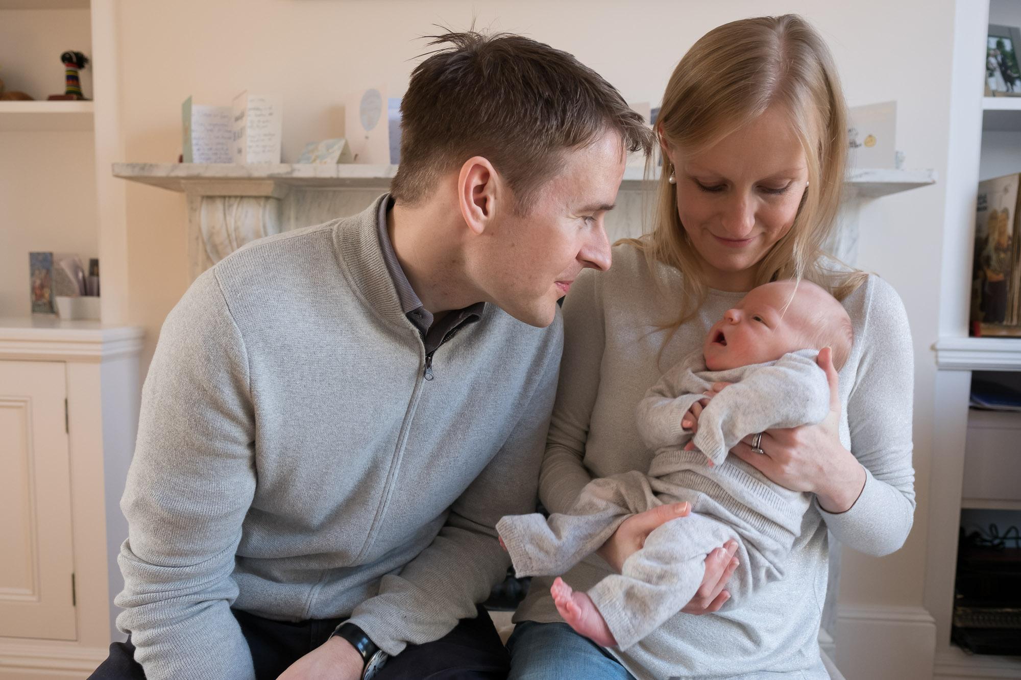 family-portrait-baby-photographer-052.jpg