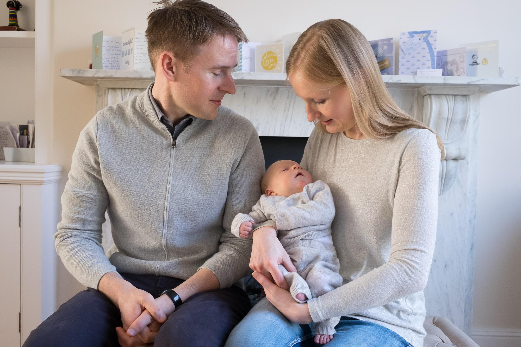 family-portrait-baby-photographer-117.jpg