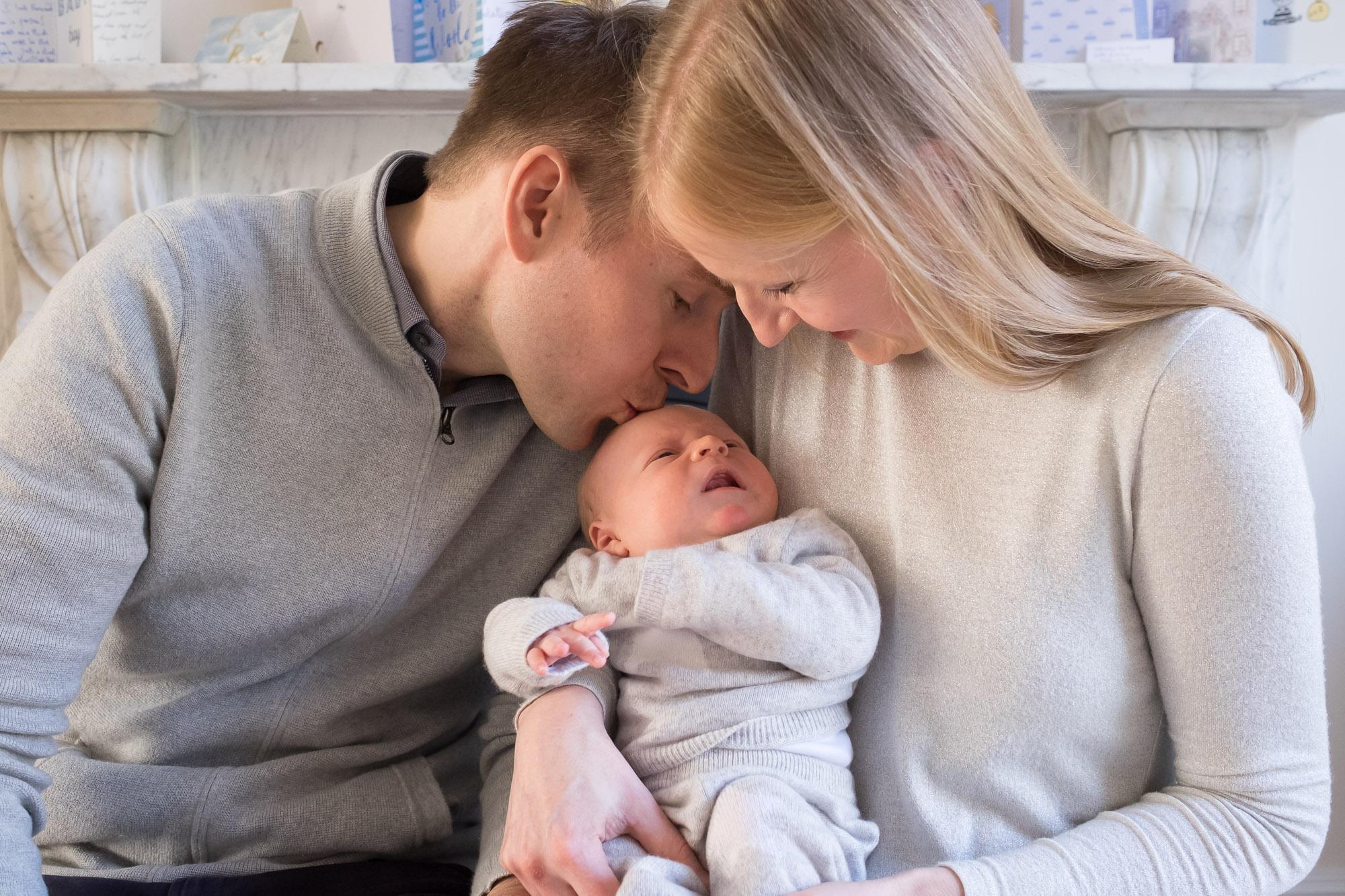 family-portrait-baby-photographer-119.jpg