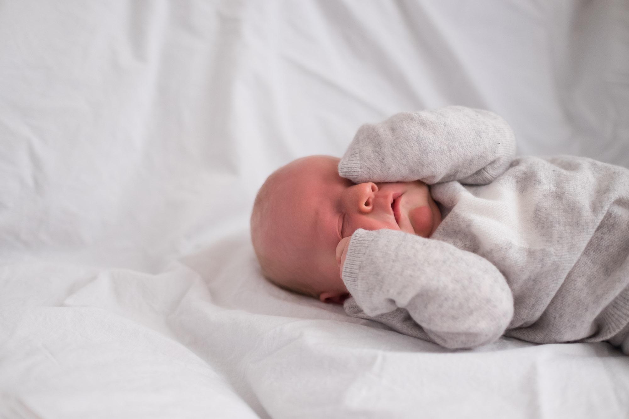 family-portrait-baby-photographer-127.jpg