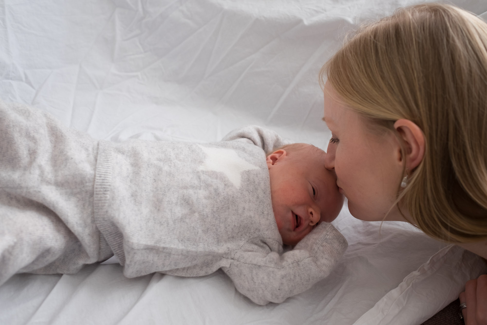 family-portrait-baby-photographer-157.jpg