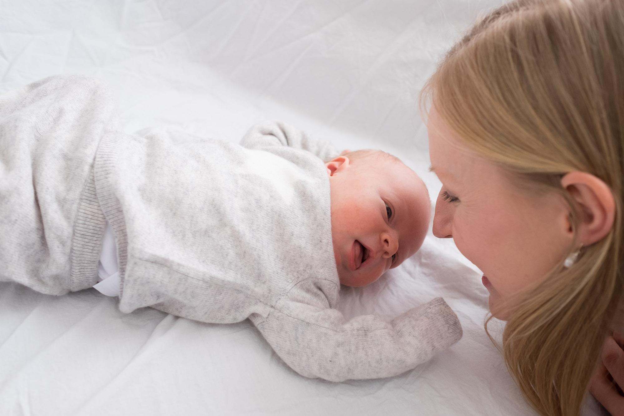 family-portrait-baby-photographer-159.jpg