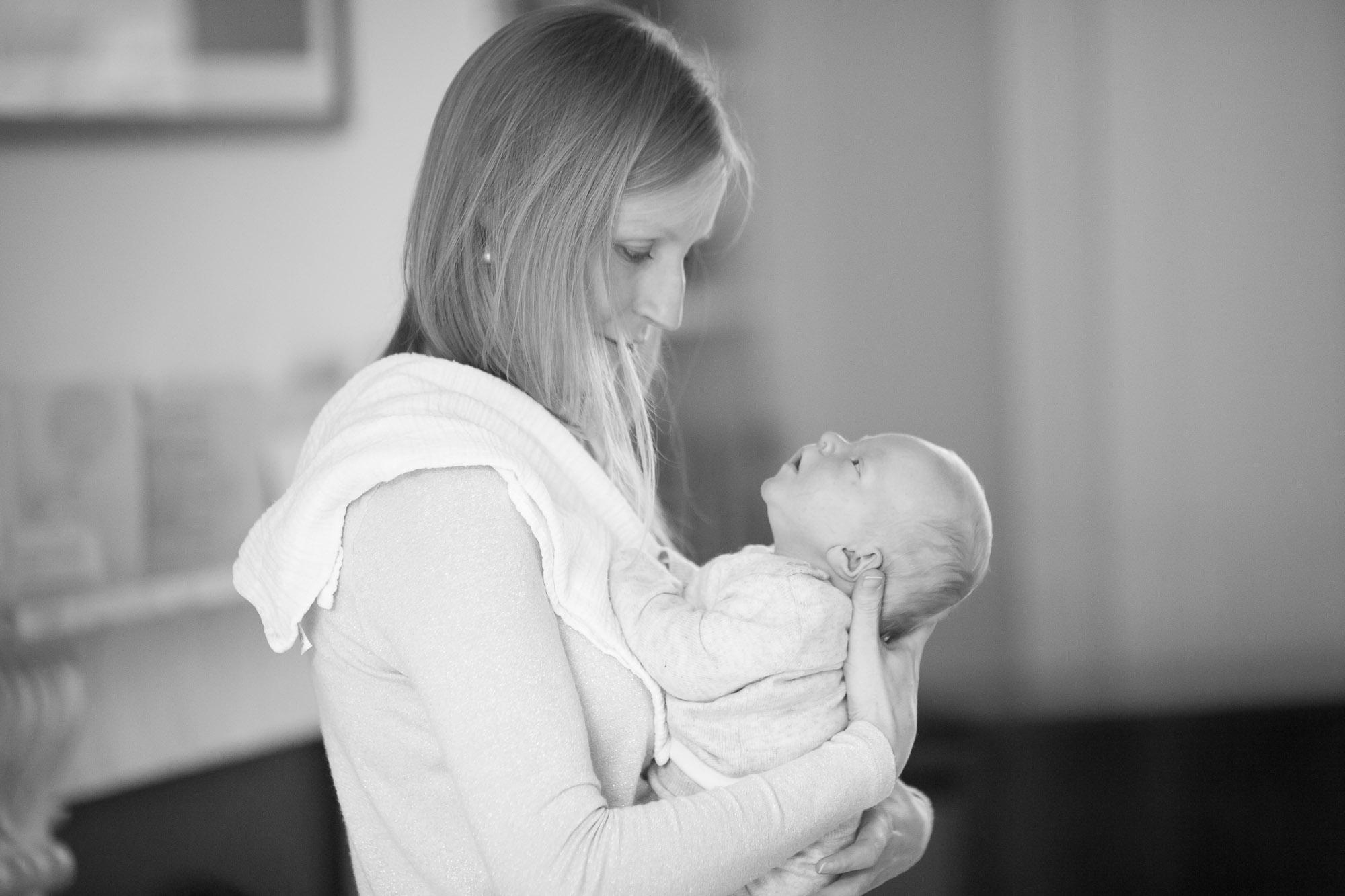 newborn-baby-family-portrait-photographer-007.jpg