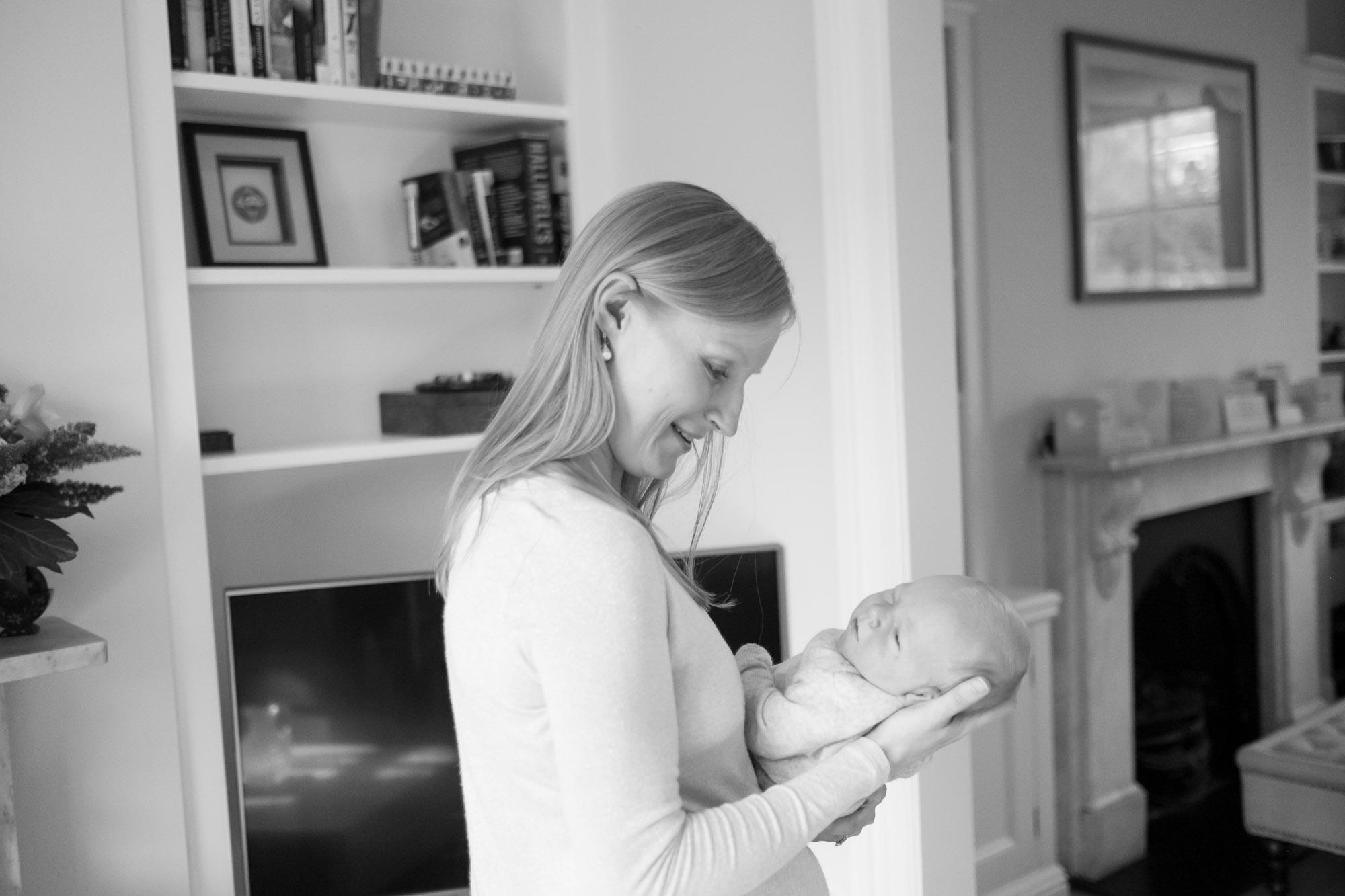 newborn-baby-family-portrait-photographer-010.jpg