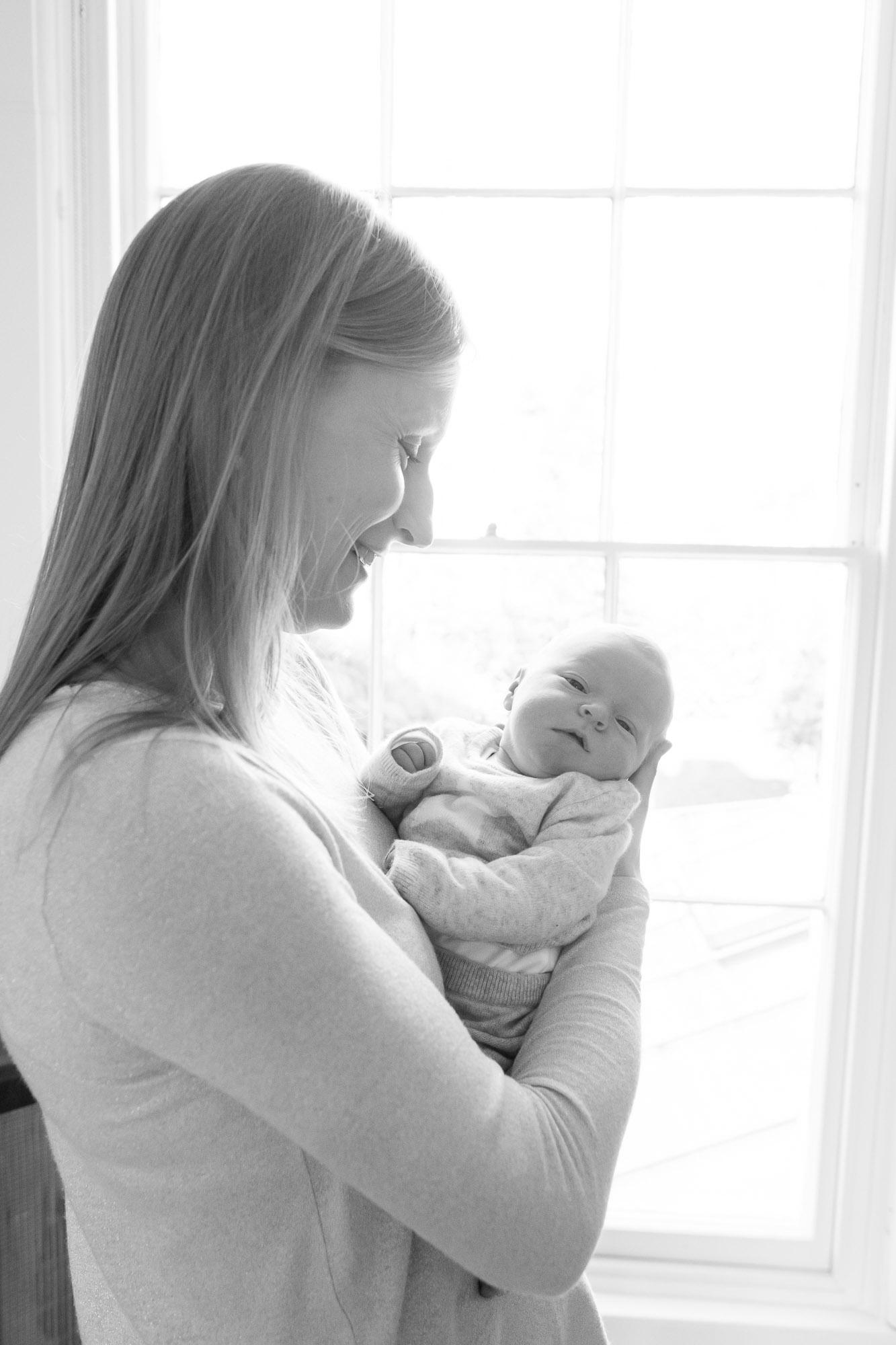 newborn-baby-family-portrait-photographer-022.jpg