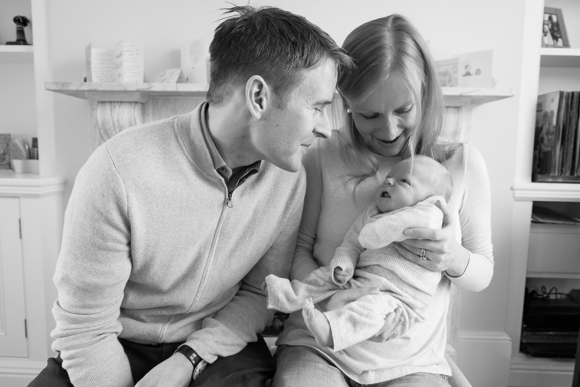 newborn-baby-family-portrait-photographer-053.jpg