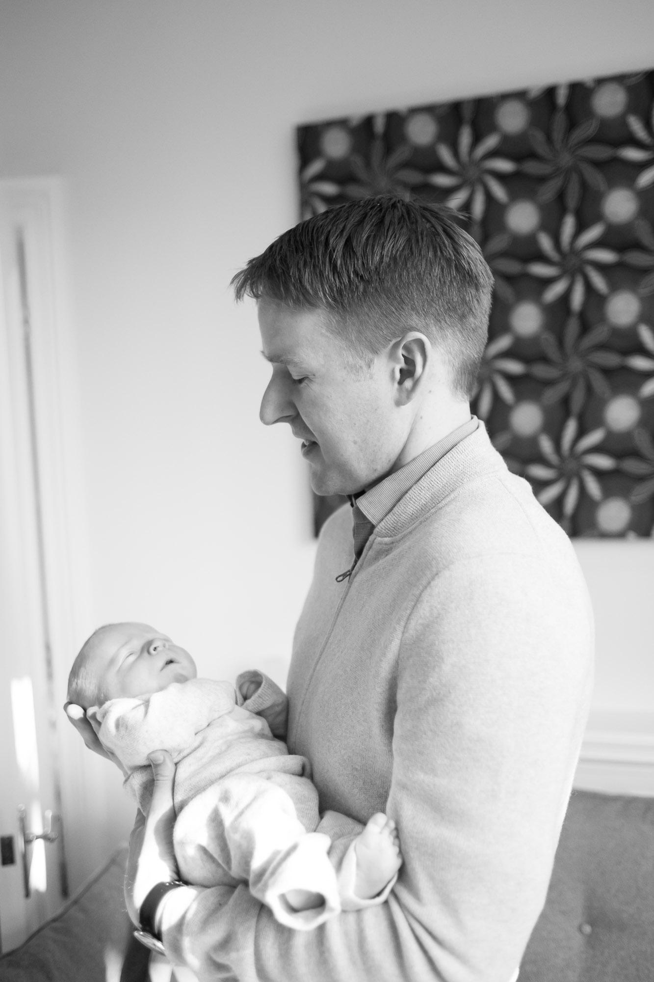 newborn-baby-family-portrait-photographer-066.jpg
