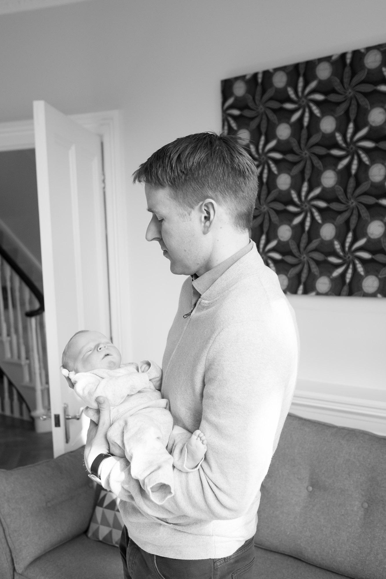 newborn-baby-family-portrait-photographer-067.jpg